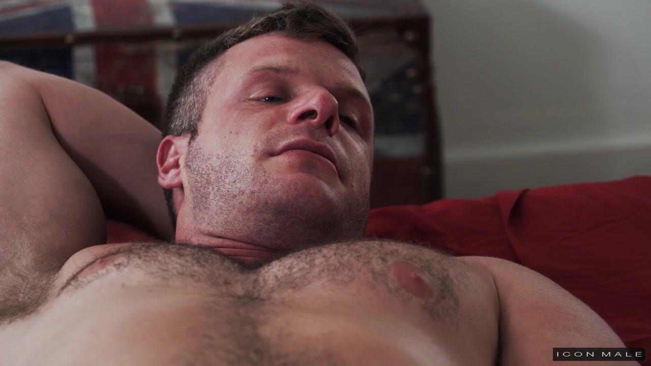Actor Brian Boond Porno more than a rub down - brian bonds, brodie ramirez