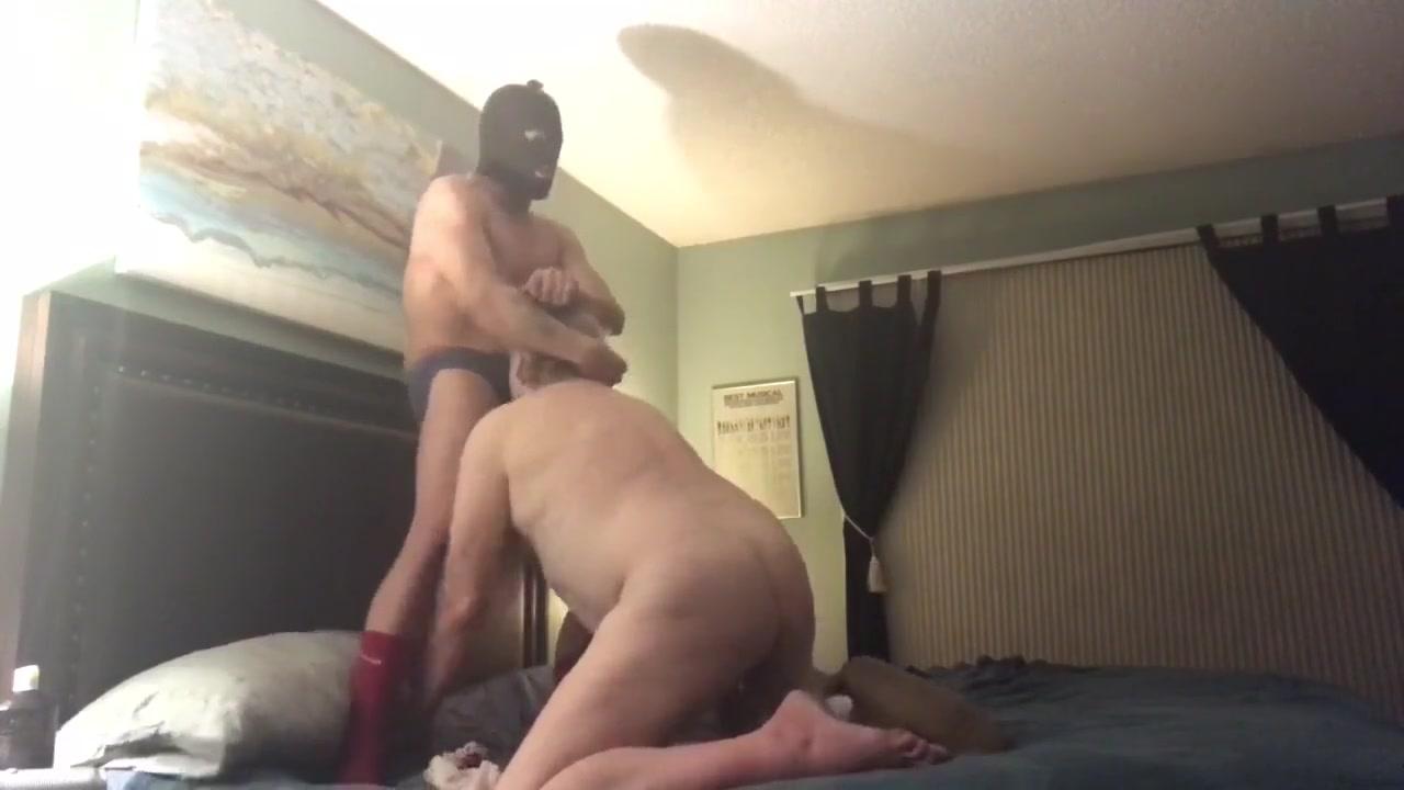 cock sucker anzeigen
